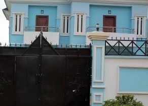NEWLY BUILT 5BEDROOM FULLY DETACHED DUPLEX WITH SWIMMING POOL AT IKEJA GRA LAGOS!!!