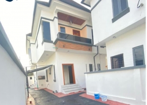 NEWLY BUILT 5BEDROOM FULLY DETACHED DUPLEX HOUSE AT AJAH LEKKI LAGOS!!!